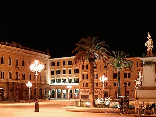 capodanno sassari in piazza in centro storico foto